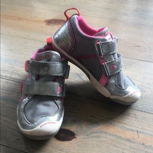 Plae toddler girls shoes size 10